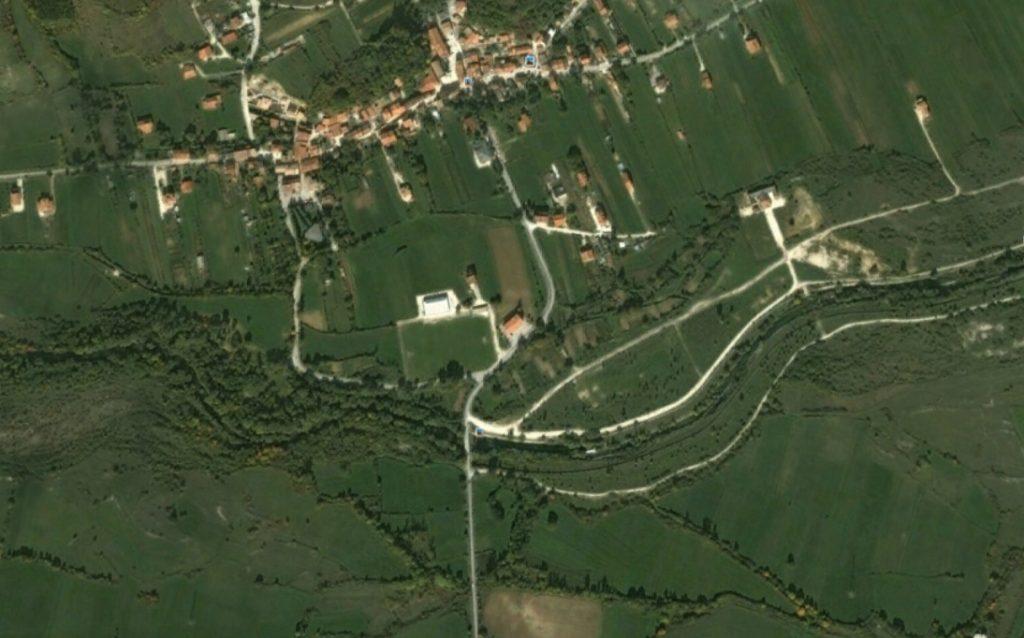 fig. 4 Gli aspetti del fiume a confronto in una foto aerea